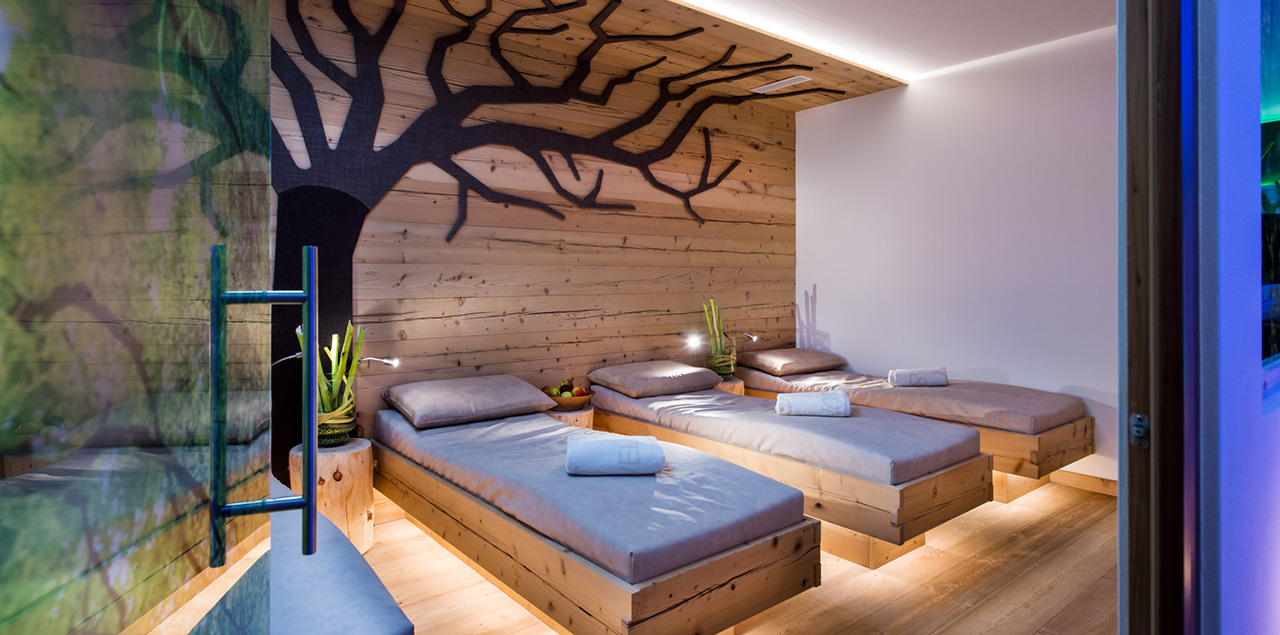 Hotel Abinea Vier Sterne Urlaub In Sudtirol